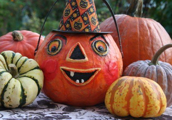 Pumpkin carving at Wallops Wood
